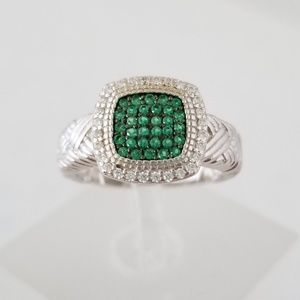 HOST PICK!!! 💚 Sterling Silver Green Spinel Ring